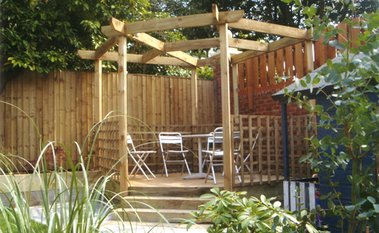 Do It Yourself Home Design: Pergolas, Gates & Sleeper Beds From Arundel Landscapes